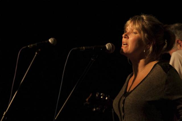 Latin Quarter Germany 2012: Yona Dunsford